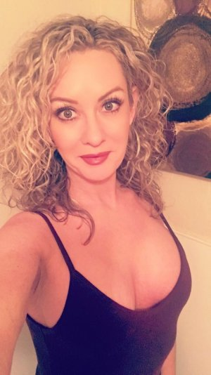 Laettitia live escort in Colleyville