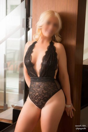 Lanah incall escorts
