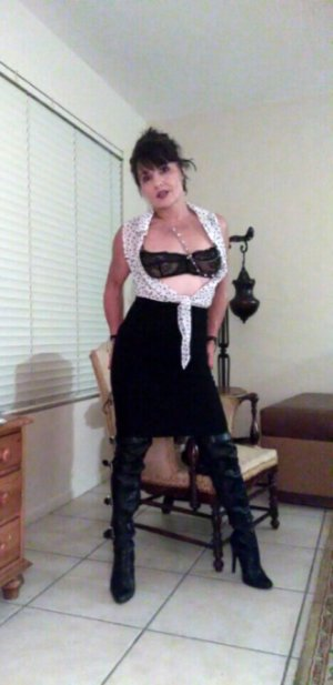 Keisha incall escort in Troutdale